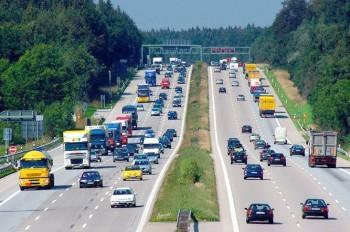 Чехия негодует: немецкие автобаны станут платными для иностранцев