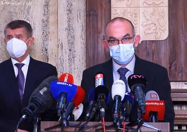Минздрав Чехии не исключил ужесточения ограничений