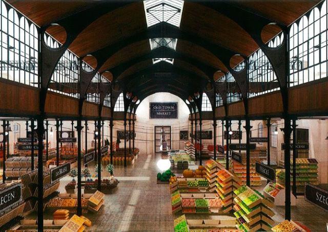 Из-за коронавируса Прага отказалась от реконструкции Староместского рынка