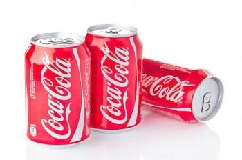 В банках Coca-Cola нашли человеческие экскременты