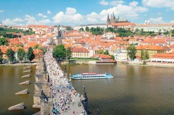 В субботу жителей Чехии ждет по-летнему теплая погода