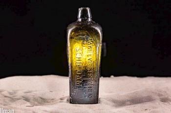 На берег Австралии выбросило старейшее в истории послание в бутылке