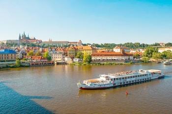 Бесплатно прокатиться на прогулочных судах в Праге можно будет 18 марта