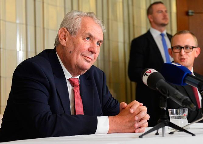 Президент Чехии назвал удар союзников по Сирии «ковбойским проектом»