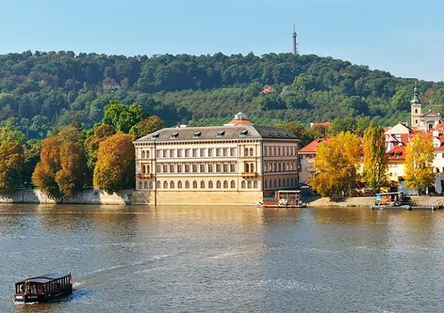 Лихтенштейнский дворец в Праге откроют для туристов 1 мая