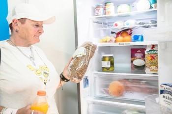 Samsung установила в Праге общественный холодильник