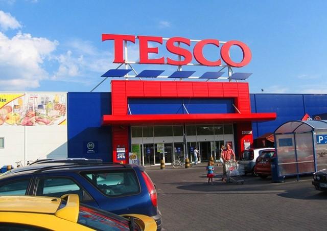Tesco в Чехии существенно повысит зарплаты сотрудникам