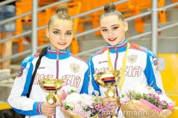 В Чехии российских гимнасток наградили под гимн СССР: видео