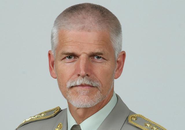 Чешский генерал: Россия представляет большую угрозу, чем терроризм
