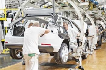 Всем работникам Škoda Auto выплатят рекордную премию и повысят зарплату