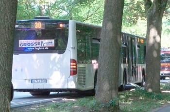 В Германии пассажир автобуса ранил ножом 14 попутчиков