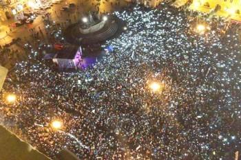 В Праге тысячи демонстрантов потребовали отставки Андрея Бабиша